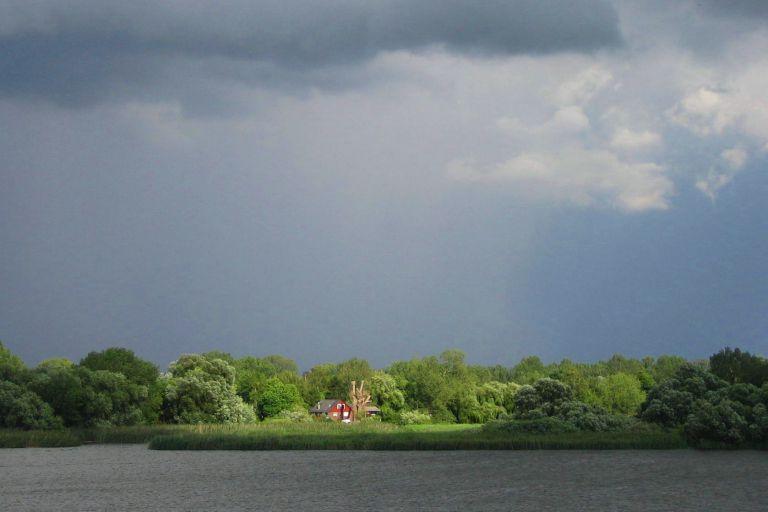 das Haus am anderen Ufer