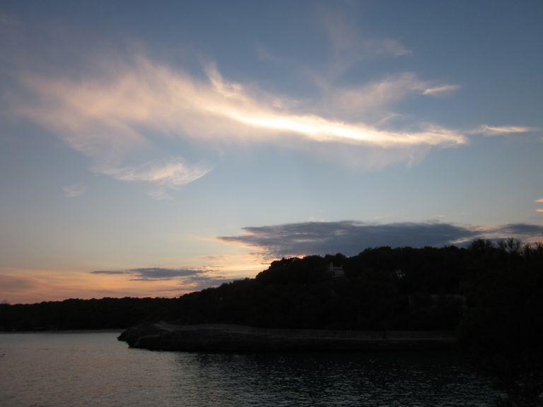 schöner Schein am Abendhimmel