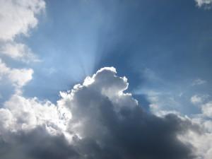Sonne hiner Wolke
