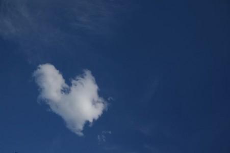 Wolken-Herz